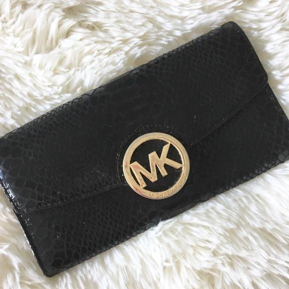 Michael Kors Handbags - 🔥 MK ⊛ Hardware Continental Wallet ⊛ Shiny Black